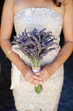 87 best Lavender bouquets for weddings images on Pinterest ...