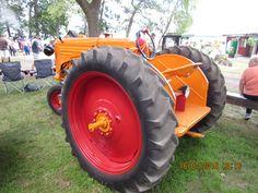 Rear of 1940 Minneapolis Moline RTU Antique Tractors, Vintage Tractors, Minneapolis Moline, History Photos, Farming, Beats, Old Tractors, Tractors, Historical Pictures