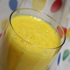 Easy, delicious and healthy Banana, mango & orange smoothie recipe from SparkRecipes. See our top-rated recipes for Banana, mango & orange smoothie. Orange Banana Smoothie Recipe, Mango Orange Smoothie, Banana Drinks, Smoothie Drinks, Fruit Smoothies, Healthy Smoothies, Smoothie Recipes, Orange Juice, Drink Recipes
