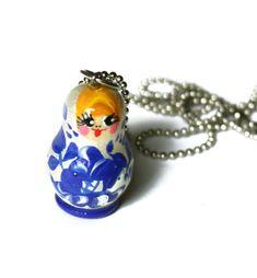 Sinivalkoinen maatuskakaulakoru Gemstone Rings, Gemstones, Jewelry, Fashion, Moda, Jewlery, Gems, Jewerly, Fashion Styles