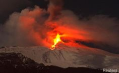 Etna volcano, Sicilia, Italia. 8-9 February 2011.  #etna   #sicilia #sicily  #etnavolcano