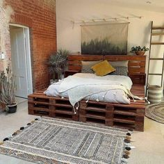 50+ Adorable Pallet Bed Ideas You Will Love - Crafome Pallet Bedframe, Wood Pallet Beds, Diy Pallet Bed, Pallet Furniture, Diy Bed, Bed With Pallets, Pipe Furniture, Furniture Vintage, Room Ideas Bedroom