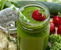 Zelené smoothie z avokáda, ananasu a banánu