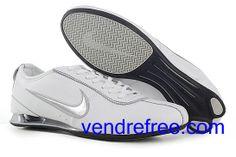 low priced 6c676 a41ff Vendre pas cher Homme Nike Shox R3 Chaussures  (couleur vamp interieur-blanc logo-argent sole-noir,blanc) en ligne en  France.