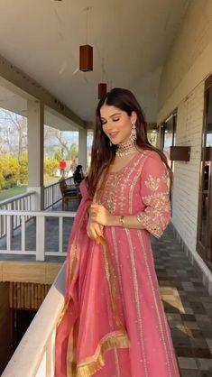 Bridal Anarkali Suits, Pakistani Party Wear Dresses, Beautiful Pakistani Dresses, Shadi Dresses, Designer Party Wear Dresses, Bridal Suits Punjabi, Designer Anarkali Dresses, Indian Bridal Outfits, Indian Fashion Dresses