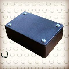 Kotak ini bukan sembarang kotak. Biasanya digunakan sebagai casing pada beberapa project elektronika. size : 75x50x25 mm . . . IDR 7.000  Happy Monday !!! ;) #arduinoindonesia #arduino #project #box #elektronik #bandung #jatinangor #like4like #Robotics #otomasikan #jualan #jual by otomasikan