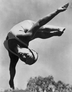 Vicki Manalo Draves, first AAPI woman to win an Olympic Gold Medal I was at the Olympic trial in 1948 when Vicky Draves qualified for the US Olympic team. Olympic Trials, Us Olympics, Pioneer Women, Olympic Gold Medals, Heritage Month, Olympic Team, Badass Women, Women In History, Vintage Knitting