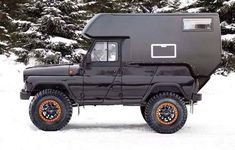 squeekycleandave: apocalypsepack: Source IG That. Truck Camper, Camper Trailers, Airstream Caravans, Slide In Camper, Off Road Camper, Land Rover Defender, Pick Up, Homemade Camper, T2 T3