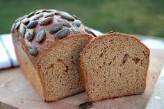 Ha teljesen kihűlt, szép vékonyra tudod szeletelni! (Fotó: Knap Daniella) Bread, Food, Brot, Essen, Baking, Meals, Breads, Buns, Yemek