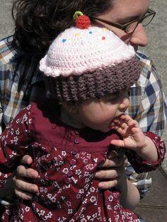 Cupcake crochet hat