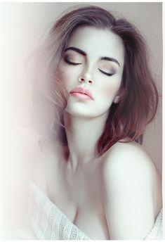 294 by ~intelkuritsa Photography / People & Portraits / Emotive Portraits