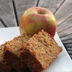 Apple bread with oatmeal