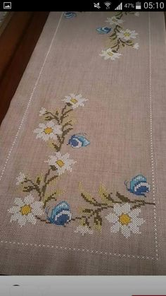"Remziye Şengüler ""Discover thousands of images about"", ""This post was discovered by Gön"" Cross Stitch Tree, Cross Stitch Heart, Cross Stitch Borders, Cross Stitch Flowers, Cross Stitch Designs, Cross Stitching, Cross Stitch Patterns, Hand Embroidery Designs, Ribbon Embroidery"