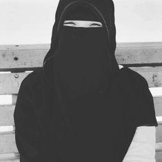 Wasiya Masrath 💕 Hijab Niqab, Hijab Outfit, Muslim Girls, Muslim Women, Hijab Fashion, Women's Fashion, Face Veil, Secret Life, New Woman