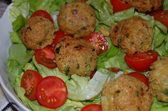 Fotorecept: Cícerové fašírky (Falafel) so šalátom Slovak Recipes, Russian Recipes, Falafel, Recipies, Vegetarian, Meat, Chicken, Cooking, Ethnic Recipes