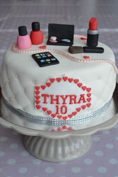 10 Year Old Cakes 10 This was for a 10 year old girl What a