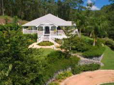 Browse Upper Brookfield, QLD 4069 sold property prices and auction results. See the most recent property sales and auctions in Upper Brookfield, QLD Queenslander House, Weatherboard House, Australia Tourism, Queensland Australia, Facade House, House Facades, House Exteriors, Australian Homes, British Colonial