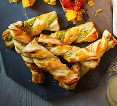 Twisty cheese straws: Puff pastry is ideal for canapés. Try twisted with cream cheese and pesto then baked until crispy christmas appetisers Birthday Appetizers, Appetizers For Party, Appetizer Recipes, Canapes Recipes, Picnic Recipes, Sandwich Recipes, Bbc Good Food Recipes, Vegetarian Recipes, Cooking Recipes