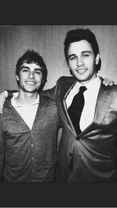 The Franco brothers. My fav James And Dave Franco, Franco Brothers, Young Old, You're Hot, She Is Fierce, Handsome Faces, Raining Men, Man Candy, Celebrity Crush