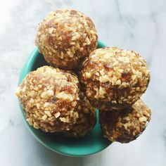These 20 healthy no-bake energy ball recipes are perfect for a post-workout snack, road trip, kids lunchbox snack or anytime you need a healthy bite to eat. Healthy Birthday Cakes, Granola Bites, Cinnamon Benefits, Thin Mint Cookies, No Bake Snacks, Energy Balls, Healthy Baking, Healthy Snacks, Healthy Protein