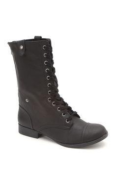 Black Poppy Fold Down Military Boot #pacsun #blackpoppy