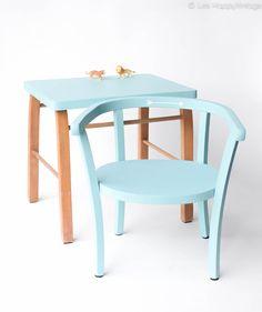 Petit ensemble Baumann des années 50, fauteuil premier âge et table en bois leshappyvintage.fr