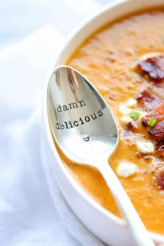 Roasted Butternut Squash and Bacon Soup - Damn Delicious By far the best butternut squash soup ever, with the help of those crisp bacon bits blended right into the soup! Soup Recipes, Dinner Recipes, Cooking Recipes, Healthy Recipes, Fall Recipes, Healthy Eats, Yummy Recipes, Dinner Ideas, Best Butternut Squash Soup