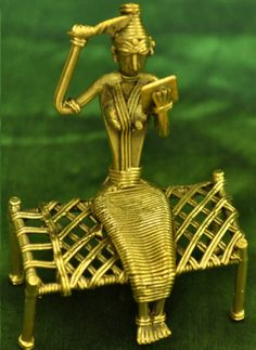 Dhokra - Hobbies paining body for kids and adult Ethnic Home Decor, Indian Home Decor, India Crafts, Home Crafts, Metal Crafts, Clay Crafts, India Art, Scrap Metal Art, Gold Plated Bracelets