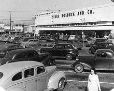 The Sears, Roebuck and Co. parking lot at Pico and Rimpau boulevards, taken Feb. 13, 1943 California History, Vintage California, Southern California, West Los Angeles, Los Angeles Area, Old Photos, Vintage Photos, City Of Angels, Los Angeles California