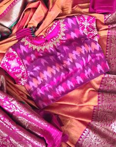 See related links to what you are looking for. Simple Blouse Designs, Blouse Neck Designs, Blouse Styles, Half Saree Designs, Designer Blouse Patterns, Blouse Models, Beautiful Blouses, Indian Designer Wear, Chiffon Blouses