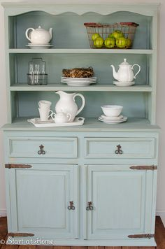 Annie Sloane Chalk Paint - Duck Egg Blue Love this! Chalk Paint Furniture, Furniture Projects, Furniture Makeover, Dresser Makeovers, Furniture Design, Rooms Furniture, Duck Egg Blue Hutch, Duck Egg Blue Chalk Paint, Duck Egg Blue Kitchen