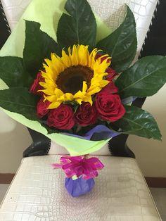 Sunflower wt red roses