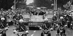 U.S. President Gerald R. Ford and Polish leader Edward Gierek in an open motorcade in Warsaw, July 28, 1975.