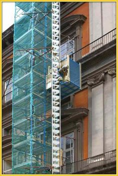 CONSTRUCTION LIFT Construction Lift, Blinds, Italy, Curtains, Home Decor, Italia, Decoration Home, Room Decor, Shades Blinds