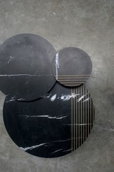 GROOVE | Alain Gilles - side tables and sofa tables - lines - stripes - marble - wood - prototype