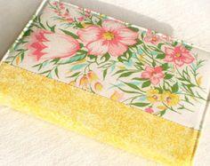 Tulipanes y las flores de rosa, verde, blanco de cubierta - amarillo primavera - cuaderno de A6 de la cubierta de tela, diario - diario tela