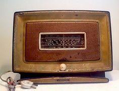Ancien-poste-radio-TSF-MARCONI-450-Bakelite-et-metal-1951-Pathe-Marconi-vintage