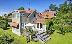 Handelsvägen 33, Enskede | Friliggande villa | SkandiaMäklarna