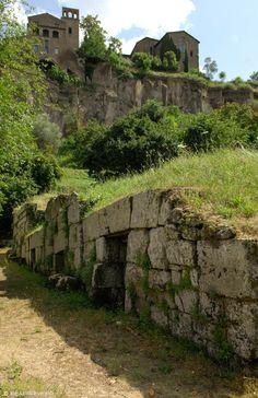 Etruscan Necropolis del Crocefisso del tufo. Orvieto, Umbria, Italy. Le Terrae Tours www.leterrae.com