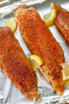 Blackened Tilapia starts with an easy homemade blackened seasoning mix. This bla… Blackened Tilapia starts with an easy homemade blackened seasoning mix. This blackened fish recipe is on the table in under 10 minutes making it the perfect weeknight meal. Fish Seasoning Recipe, Blackened Seasoning, Baked Tilapia Recipes, Salmon Recipes, Seafood Recipes, Baked Fish, Baked Whiting Fish Recipes, Dishes Recipes, Pisces