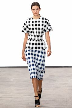 See the complete Derek Lam Spring 2014 Ready-to-Wear collection.