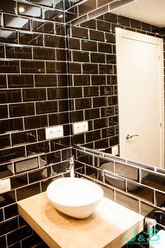 Reforma integral completa del baño. Living Spaces, Sink, Led, Home Decor, Renovation, Flats, Homemade Home Decor, Vessel Sink, Sink Tops