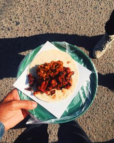 Morning veggie tacos at Colonia Cacho's fantastic @taconveggie with @object.mx  Pictured taco: Camote (sweet potato)  w/ tomato  topped w/ a lentil guisado. Not pictured the ultra fresh guava  banana Agua Fresca   #offthebittenpath ___________________________  #theotherpath  #tacotuesday  #Tijuana  #tacos  #mexicanfoodporn  #eatclean  #eeeeeats  #bunkfood  #feedfeed  #whatveganseat  #plantbased  #bestofvegan  #veganfoodlovers  #vegansofig  #TJTQ  #tijuanamakesmehappy  #Mexico  #bunkfoodtj