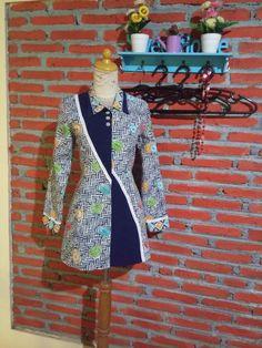 Blouse Batik Modern, Mode Batik, Batik Fashion, Girl Dress Patterns, Batik Dress, Dress Up, Wrap Dress, Fashion Outfits, Womens Fashion