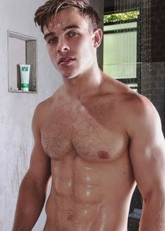 Watch hot gay muscley hunk gets himself off