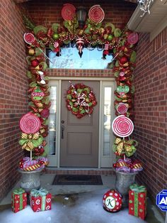 Christmas deco mesh garland and wreath. Created by: Brittani Kelley. How stinking cute is this? Candy Land Christmas, Whimsical Christmas, Christmas Porch, Christmas Themes, Christmas Holidays, Christmas Wreaths, Classy Christmas, Outdoor Christmas Garland, Christmas Topiary