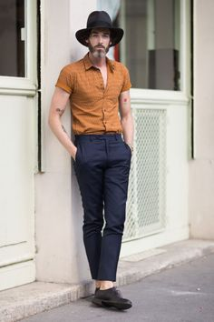 #Mens #Fashion: #Hipster Style - love the Hat and Print patterned Shirt Pinterest:@leumas