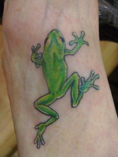 Frog-Tattoo-Pictures.jpg 774×1.032 pixels