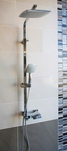 An over-sized shower head is fantastically and delivers a shower that imitates raindrops Shower Heads, Design Trends, Showers, Bathrooms, Tiles, House, Home Decor, Room Tiles, Decoration Home