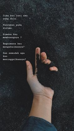 Don't be affraid Quotes Rindu, Quotes Lucu, Cinta Quotes, Quotes Galau, Story Quotes, Tumblr Quotes, Text Quotes, Mood Quotes, People Quotes